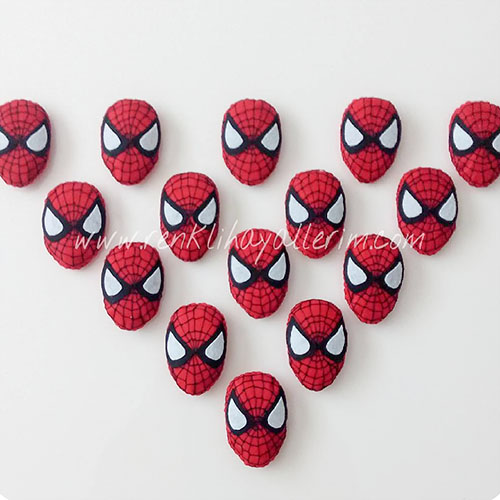 Örümcek Adam Magnetler