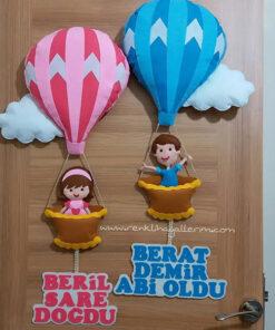 Berat Beril Balonlu Kardeş Kapı Süsü