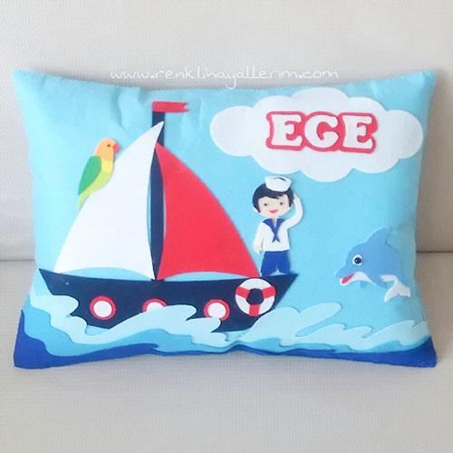 Ege isimli denizci takı ve süs yastığı
