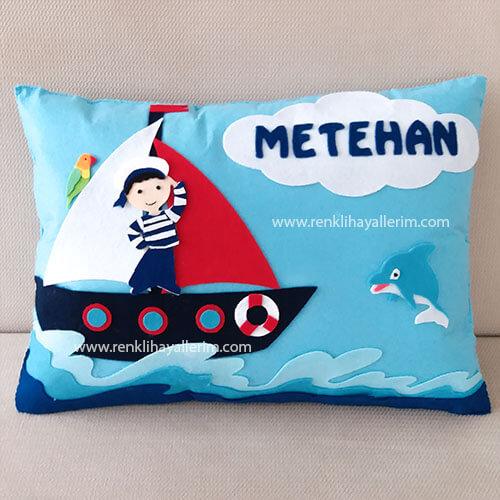 Metehan isimli denizci bebek süs ve takı yastığı