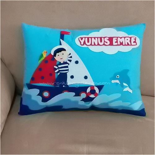 Yunus Emre isimli denizci takı yastığı