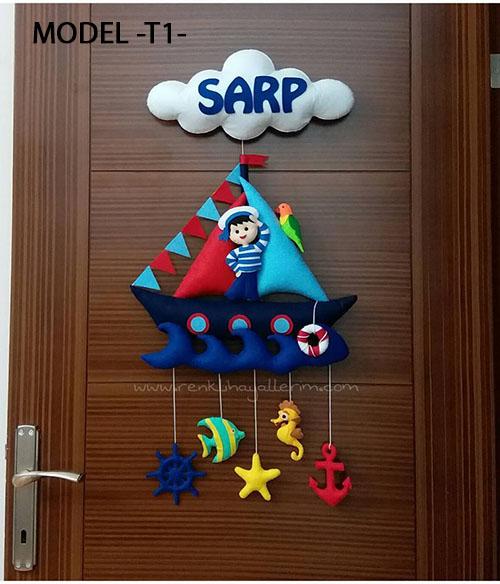 Denizci sarp bebek denizci isimli kapı süsü