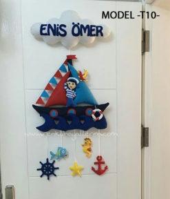 Enis Ömer isimli Bebek kapı süsü Denizci