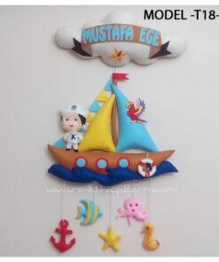 Mustafa Ege bebek isimli denizci kapı süsü