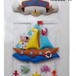 Poyraz bebek isimli denizci kapı süsü