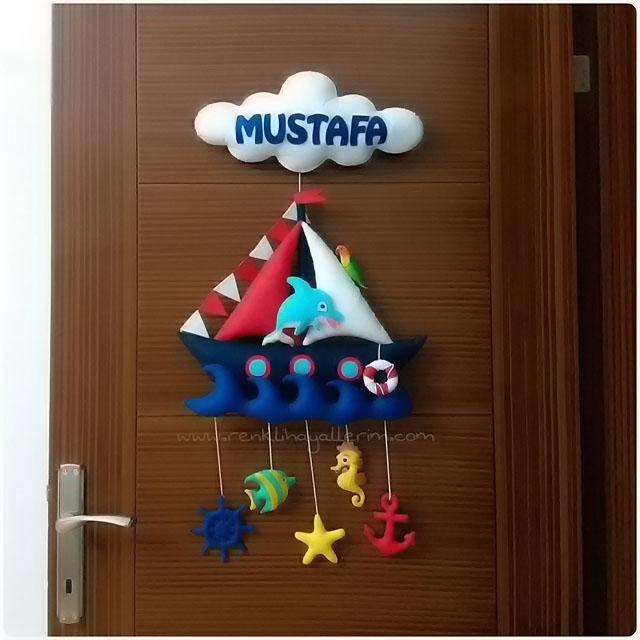 Mustafa bebek isimli denizci kapı süsü