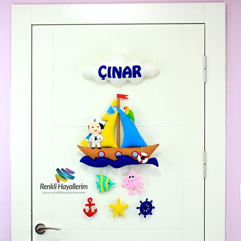 Çınar isimli Kahverengi Denizci Bebek Odası Kapı Süsü