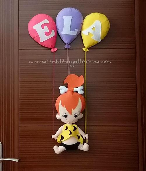 Ela isimli bebek kapı süsü çakıl