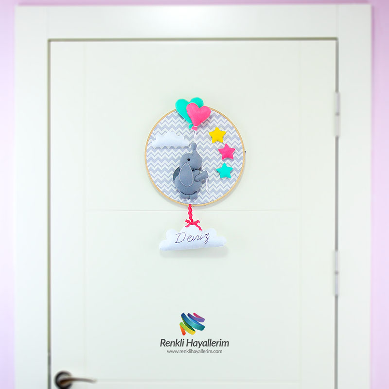 Filli Kasnak Bebek Kapı Süsü Modeli