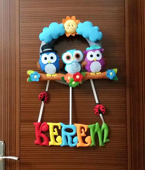 Kerem isimli baykuş ailesi erkek bebek kapı süsü