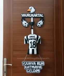 Uraz Kartal İsimli Yavru Kartal Beşiktaş