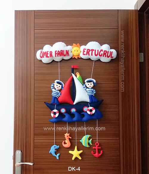 Ömer Faruk Ertuğrul isimli kardeşler denizci bebek kapı süsü