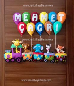 Mehmet Çağrı isimli trenli erkek bebek kapı süsü