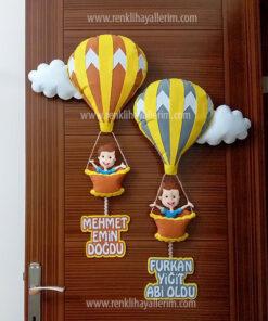 Mehmet Emin Furkan Yiğit kardeş balonlu kapı süsü