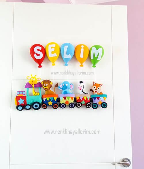 Selim yazan hayvanlı trenli bebek kapı süsü