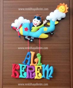Ali kerem isimli pilot uçak bebek kapı süsü