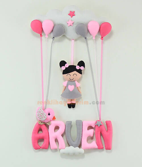 Arven isimli Pembe Gri Balonlu Kız Bebek Kapı Süsü
