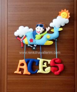 Ateş isimli Uçak ve Pilot Erkek Çocuk Odası Kapı Süsü - Ateş isimli bebek kapı süsü modelleri