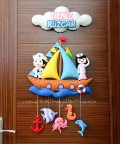 Deniz Rüzgar isimli Kardeş Denizci Bebek Kapı Süsü