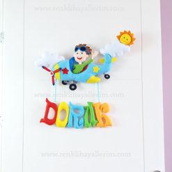 Doruk isimli pilot bebek kapı süsü uçaklı