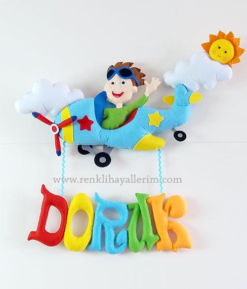 Doruk isimli pilot bebek kapı süsü