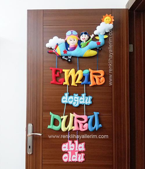Emir ve Duru isimli kardeşler için çocuk odası kapı süsü