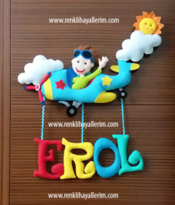 Erol isimli pilot uçak bebek kapı süsü