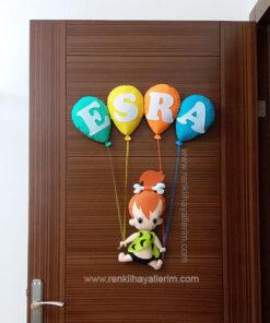 Esra isimli çakıl kız bebek kapı süsü