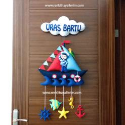 Uras Bartu isimli denizci bebek kapı süsü keçe