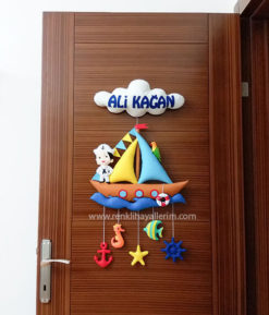 Ali Kağan isimli denizci bebek kapı süsü modeli