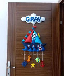 Giray isimli keçe bebek kapı süsü modeli