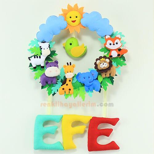Efe isimli safari bebek kapı süsü