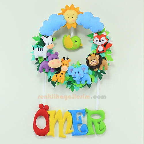 Ömer isimli safari bebek kapı süsü