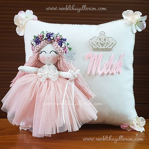 Gardenya melek kız bebek takı ve süs yastığı 1