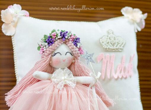Gardenya melek kız bebek takı ve süs yastığı 3