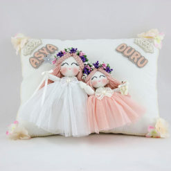 Asya duru isimli kardeş melek kız bebek takı yastığı