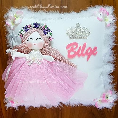 Sardunya melek kız bebek takı ve süs yastığı 1