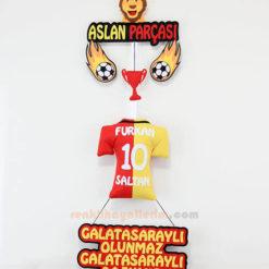 Furkan isimli Aslan Parçası Galatasaray Kapı Süsü