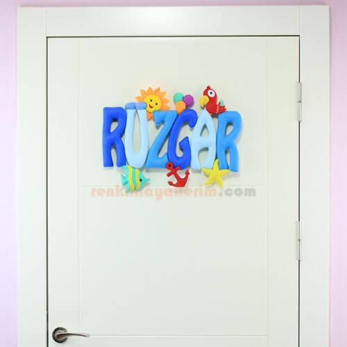 Rüzgar isimli isimlik bebek odası kapı süsü tam boy