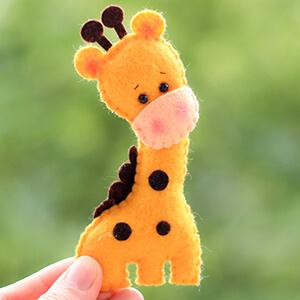 Keçe Zürafa Figürü