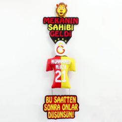 Mekanın Sahibi Geldi Galatasaray Kapı Süsü