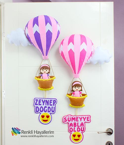 Emojili kardeşler balonlu kapı süsü